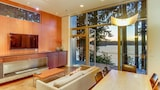 Book this Kitchen Hotel in Bainbridge Island