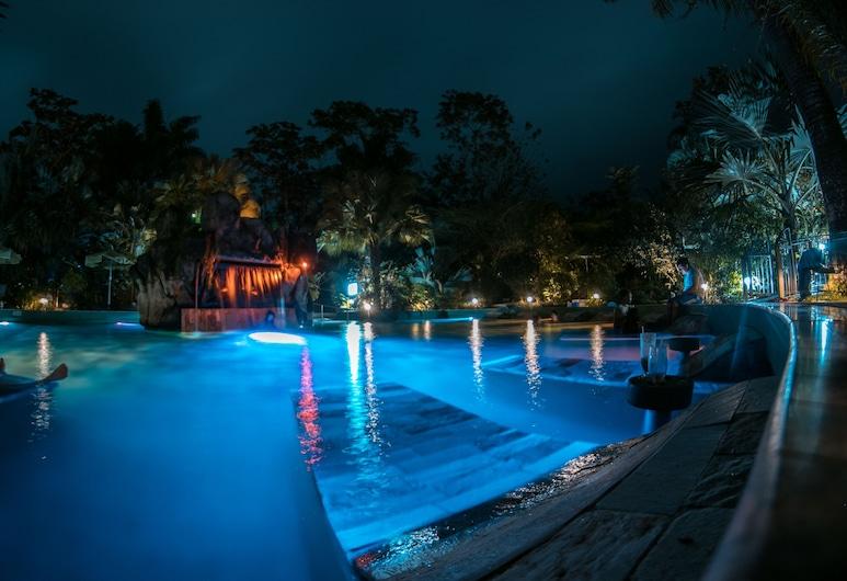Paradise Hot Springs Thermal Resort, La Fortuna, Alberca al aire libre