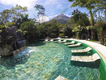 Selline näeb välja Paradise Hot Springs Thermal Resort, La Fortuna