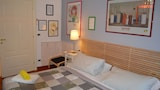 Choose this Apartment in Genoa - Online Room Reservations