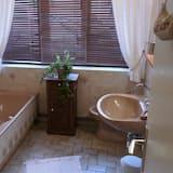 Comfort - kahden hengen huone, 1 parisänky - Kylpyhuone