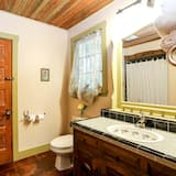 Cabin (Francesca's) - Bathroom