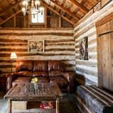 Cabin (Francesca's) - Living Area