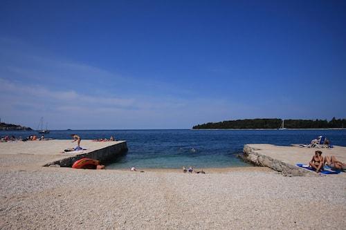 Strand rovinj fkk Rovinj Beaches