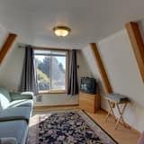 Chalet, 1 Bedroom - Living Area