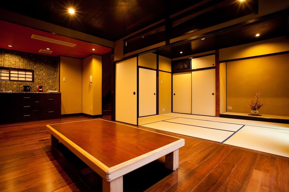 وحدة سكنية متصلة (CAMPTON Nishijin 9 Itsutsuji) - منطقة المعيشة