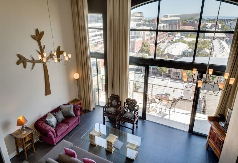 Rockwell Luxury Apartments, Cape Town, Penthouse, 2 Bedrooms, City View, Living Room