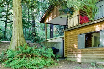 Picture of River Bend Lodge in Washougal