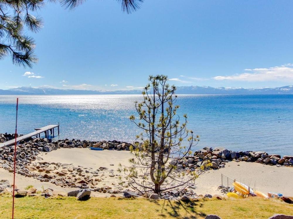 Tahoya Ss Poolside Studio Tahoe Vista