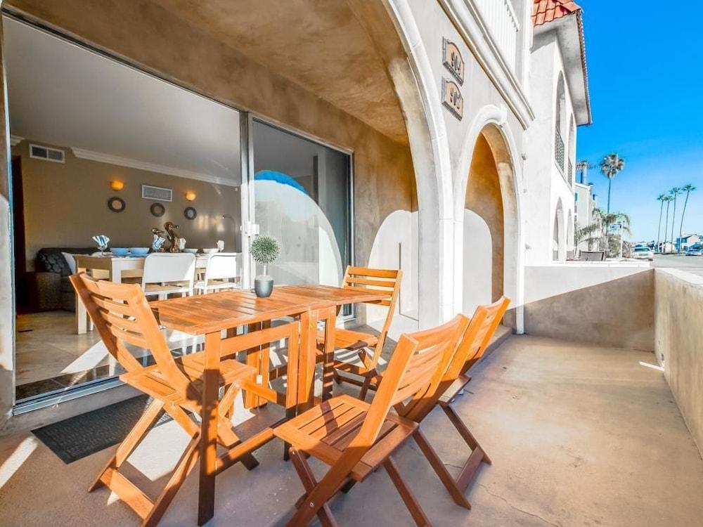 Balboa Peninsula Bliss Newport Beach Guestroom