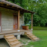 Cottage, 1 queensize bed, Bad, aan tuin (The Panther Burn Cottage) - Terras