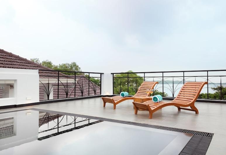 Ayana Fort Kochi, Kochi, Rooftop Pool