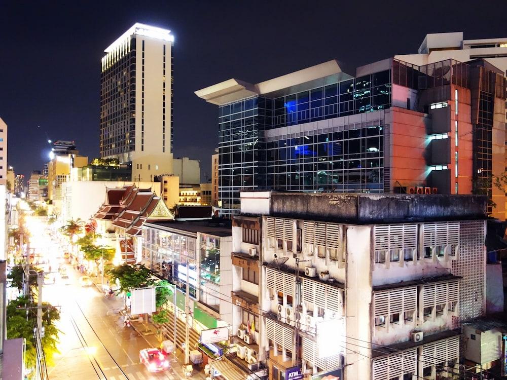 The Bavana Surawong Bangkok