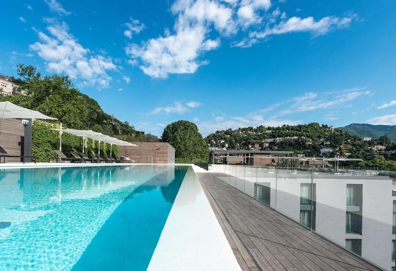 Hilton Lake Como, Como, Pool på tagterrassen