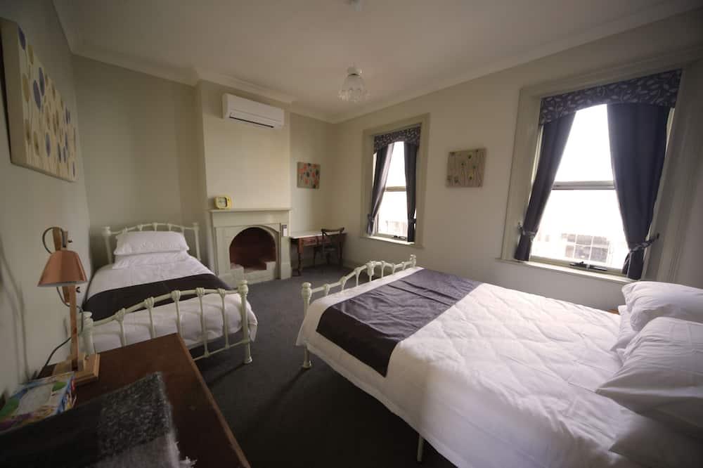 Апартаменты «Премиум», 1 спальня, камин, внутренний двор - Номер