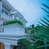 Mane Presidential Suite - Free Airport Pick Up and Transfer - Free Drop Off Casino - Balcony
