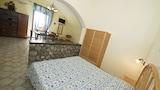 Choose This Cheap Hotel in Massa Lubrense