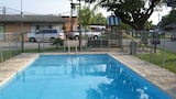 Book this Parking available Hotel in Cuero
