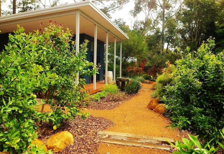 Old Dairy Cottage - Adults Only, Margaret River, Záhrada