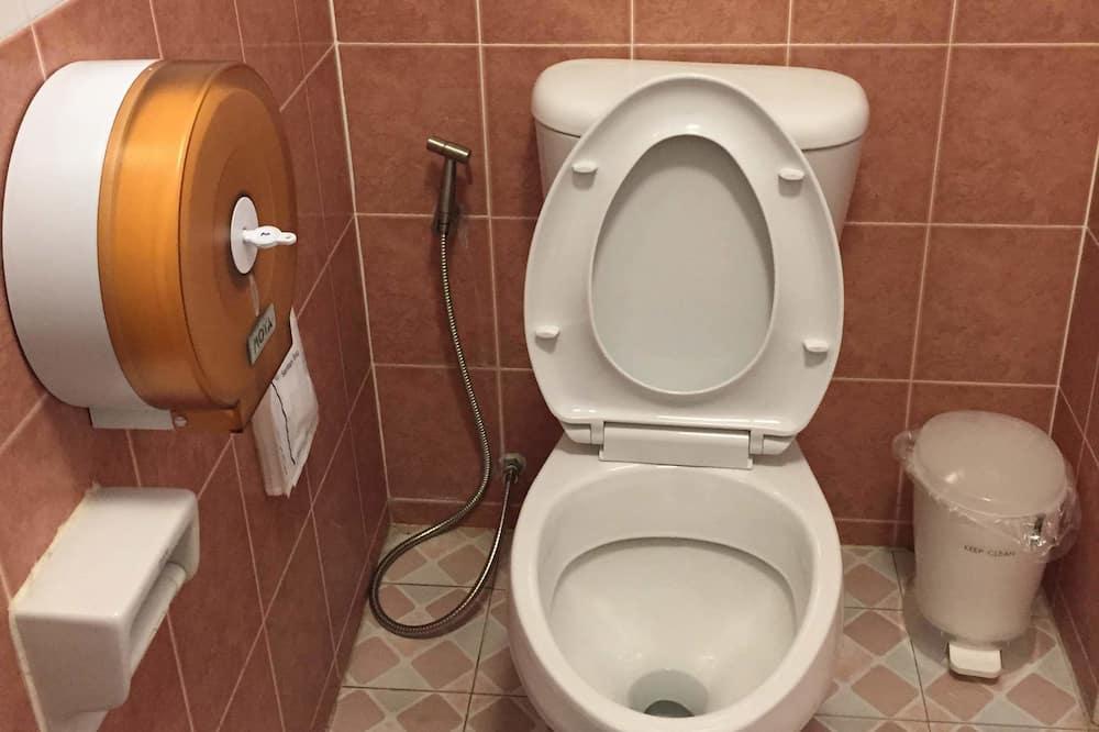 6 Beds Female Dormitory - Koupelna