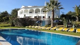 Choose This 4 Star Hotel In Silves