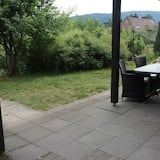 דירה, חדר רחצה פרטי, נוף לגן - נוף מהמרפסת