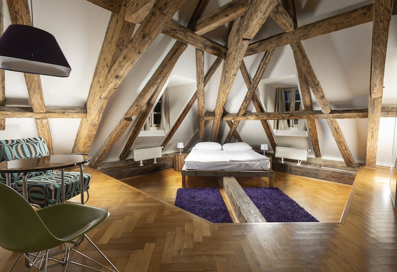 Three Golden Crowns Apartments, Praga, Loft, Quarto