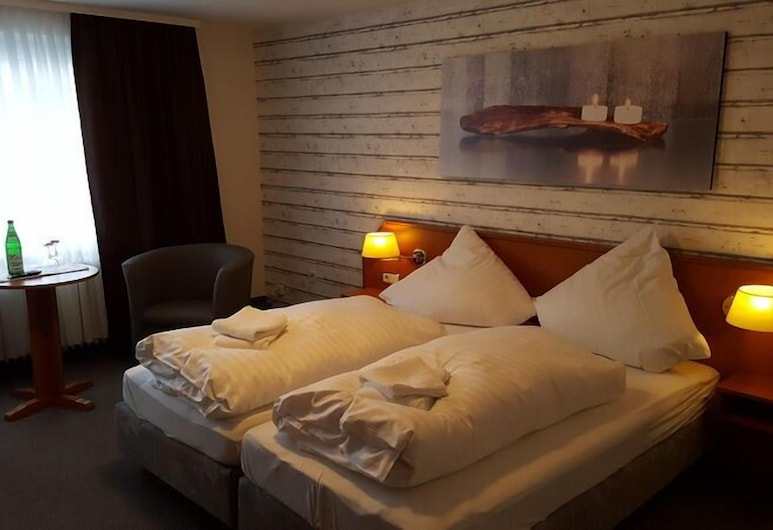 Garni Hotel Engel Altenau, Clausthal-Zellerfeld, Standard Twin Room without extra bed, Guest Room