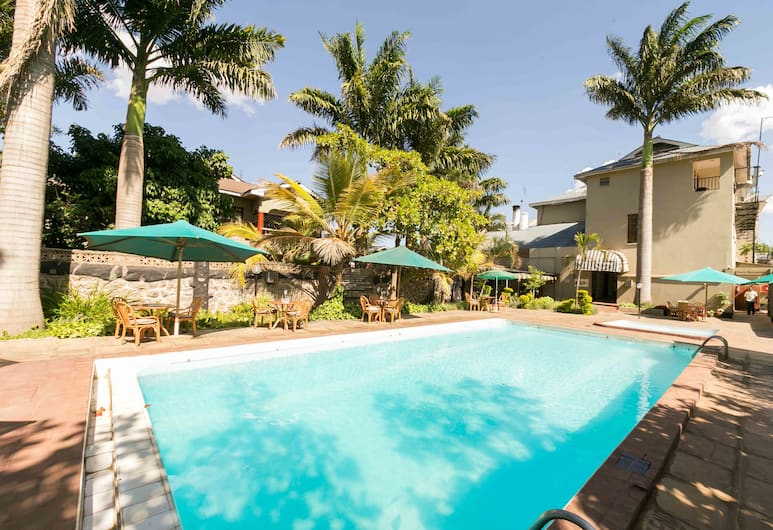 Fahari Gardens Hotel, Nairobi, Outdoor Pool