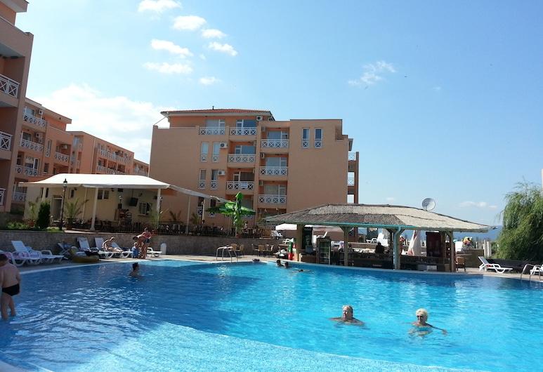 Menada Sunny Day 6 Apartments, Nessebar, Pool