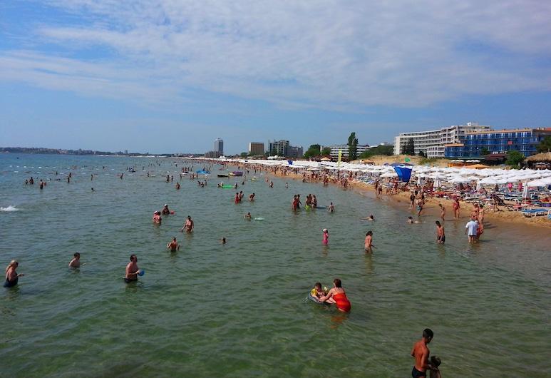 Menada Midia Apartments, Солнечный берег, Пляж