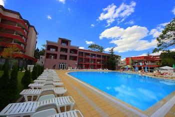 陽光海灘梅納達佐尼札公寓酒店的圖片