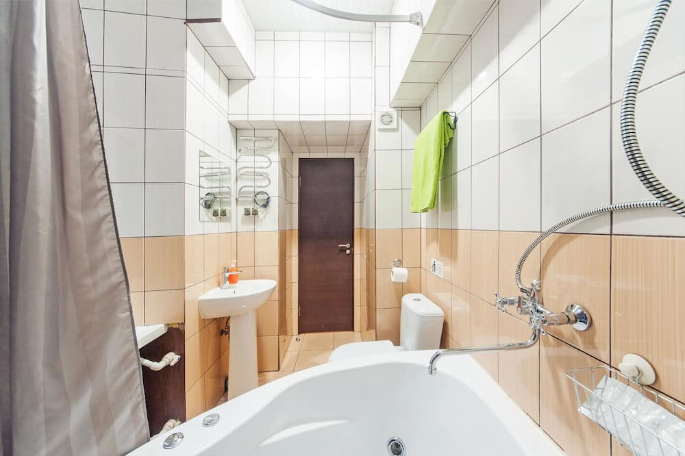 Comfort tuba, 1 magamistoaga, mullivanniga - Vannituba