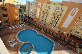 陽光海灘梅納達阿瑪迪斯 3 號公寓酒店的圖片