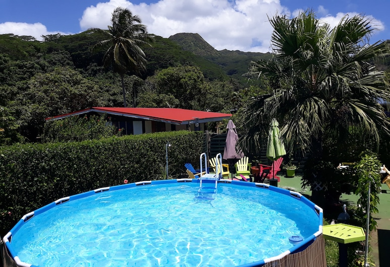 Te Ava Piti Lodge, Uturoa, Pool
