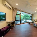 Hualien Jiuzan Cafe B&B