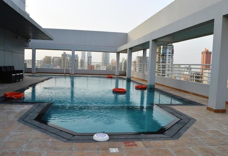 OYO 104 Q House 3 Apartments, Manama, Piscine en plein air