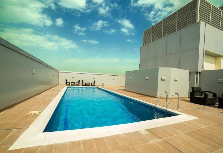 Golden Rose Luxury Suites, Manama, Außenpool