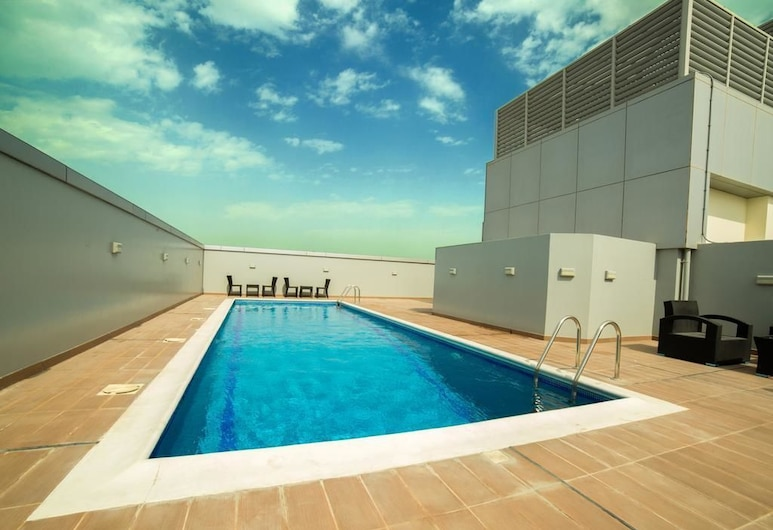 Golden Rose Luxury Suites, Manama, Vanjski bazen