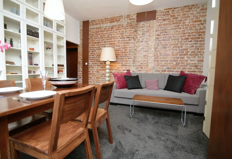 Rent a Flat apartments - Ogarna St., Gdansk, Stúdíósvíta í borg, Stofa