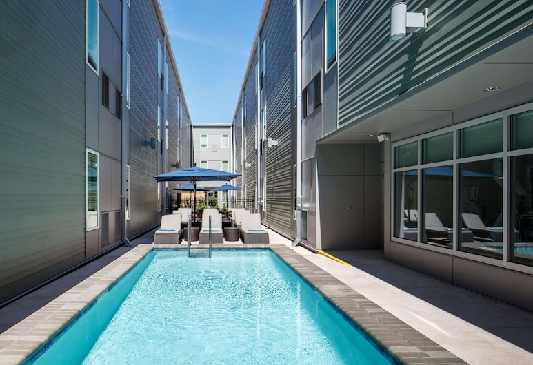 Homewood Suites by Hilton New Orleans French Quarter, New Orleans, Pool