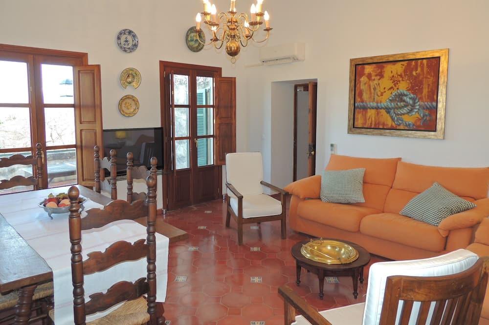 Superior villa, 3 hálószobával, privát medence, kilátással a hegyre - Nappali