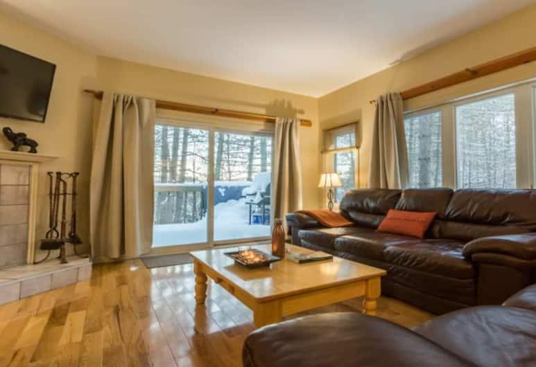 Champêtre - Tremblant Sunstar, Mont-Tremblant, Champetre 206 , 3 Bedrooms, Aire de séjour