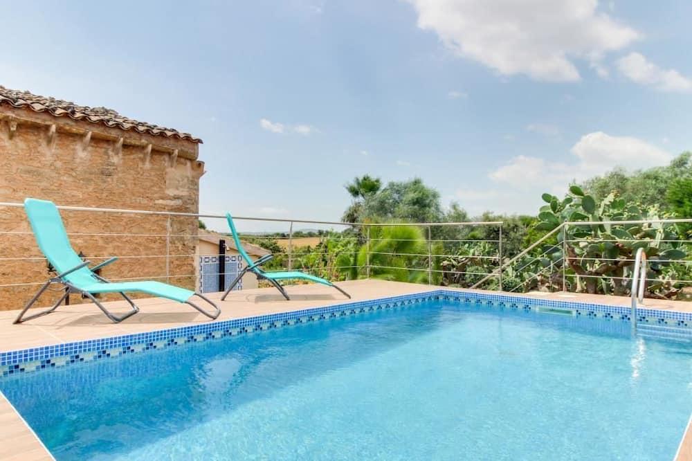 House, 4 Bedrooms - Outdoor Pool
