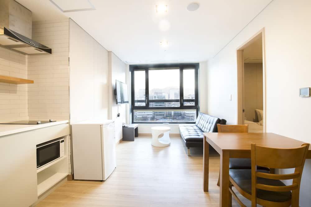 Family Studio Suite, 2 Bedrooms - Living Room