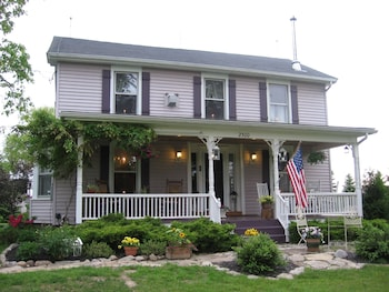 Picture of The Bella Ella Bed & Breakfast in Canandaigua