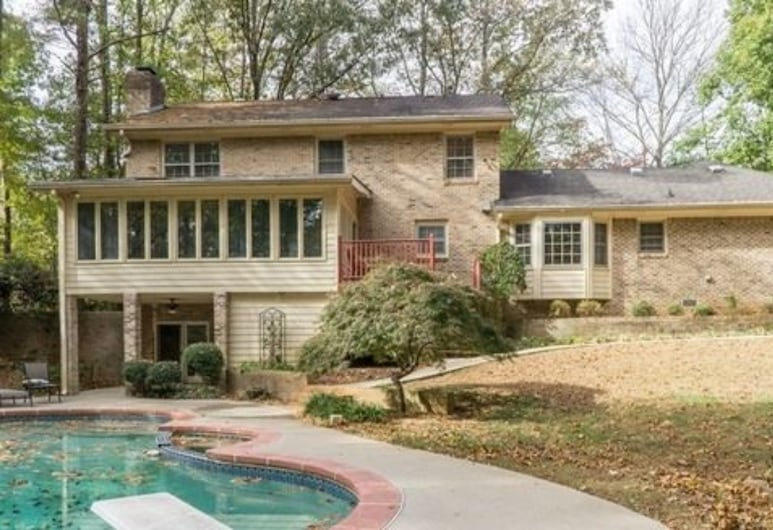 Highlands Homestead, Stone Mountain, Outdoor Pool