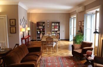 Mediolan — zdjęcie hotelu B&B Bonaparte Suites