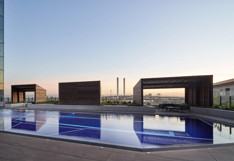 Four Points by Sheraton Melbourne Docklands, Docklands, Piscina externa