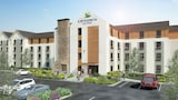 Choose This Cheap Hotel in Smyrna